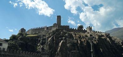 Castelgrande e Piazza del Sole