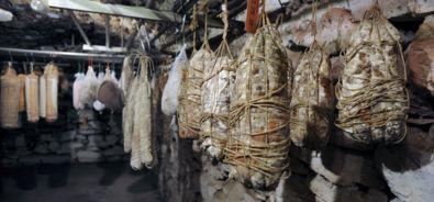 Franchino Ferrini / macellaio salumiere / cantina / salumi