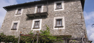 casa antica a Rasa